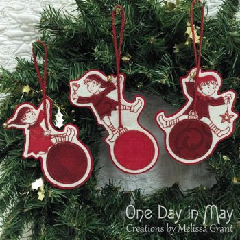 Sandy's Swinging Elves - Christmas decorations