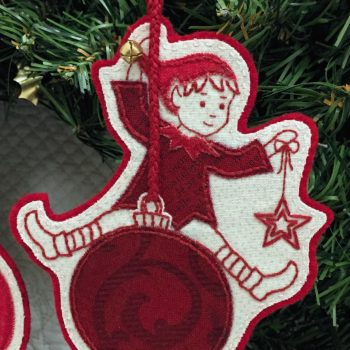 Sandy's Swinging Elves - elf with star